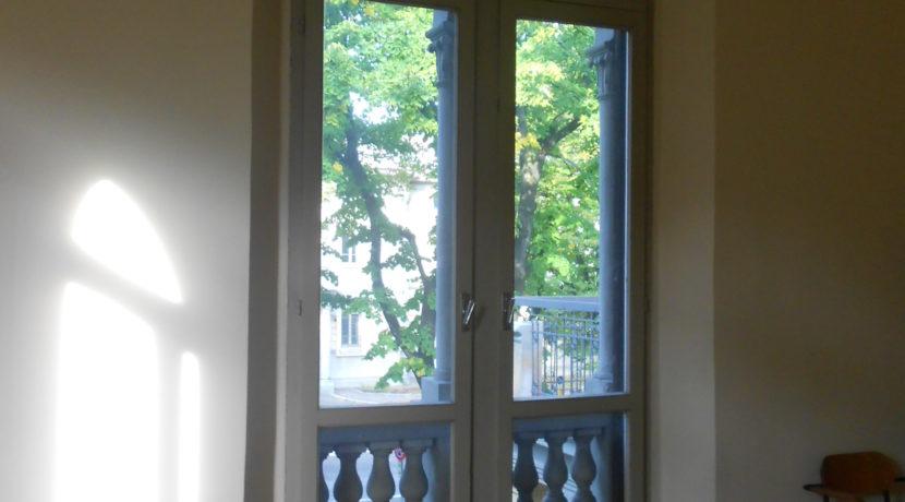 ufficio dettaglio finestra