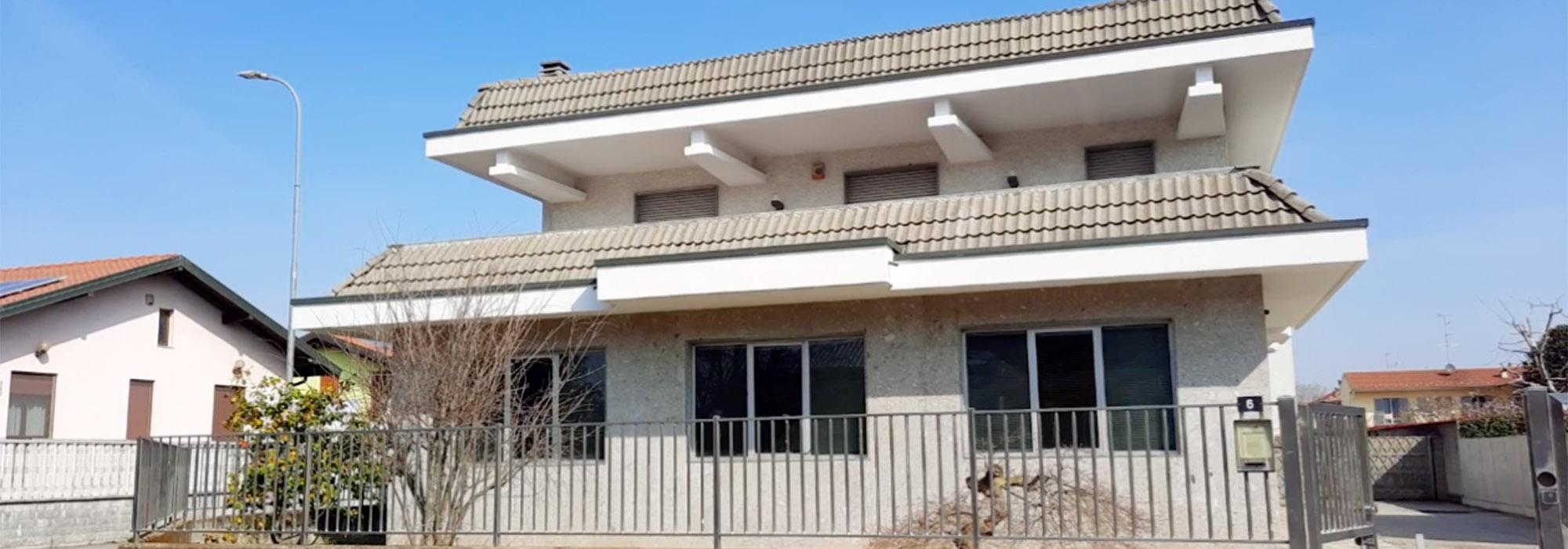 Villa con laboratorio, Vanzaghello