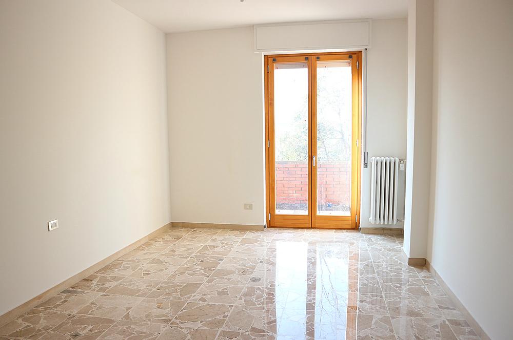Appartamento con terrazzino in vendita a Magnago