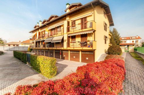 Appartamento duplex in vendita a Vanzaghello