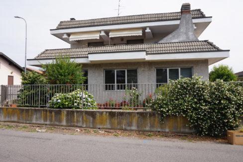 Villa singola in vendita a Vanzaghello