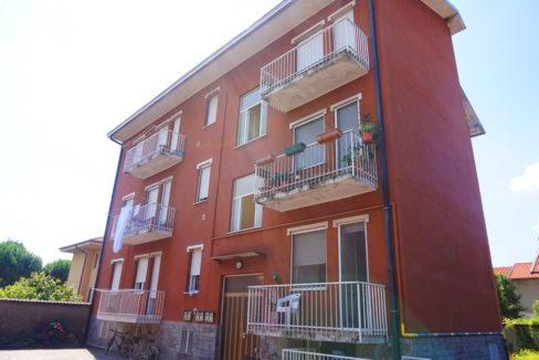 Appartamento trilocale in vendita a Buscate