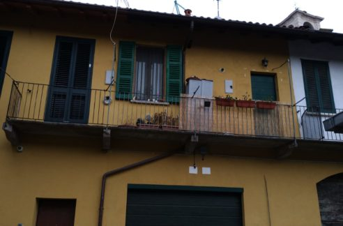 Bilocale in vendita a Lonate Pozzolo.