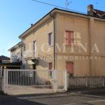 Villa con laboratorio in vendita a Cassano Magnago