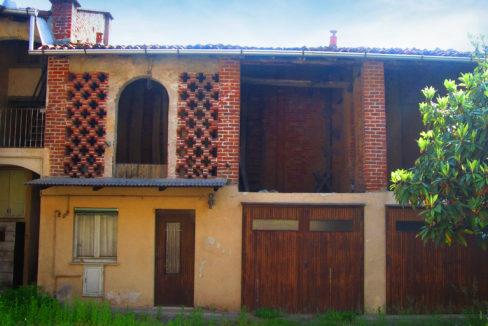 Rustico in corte in vendita a Castano Primo