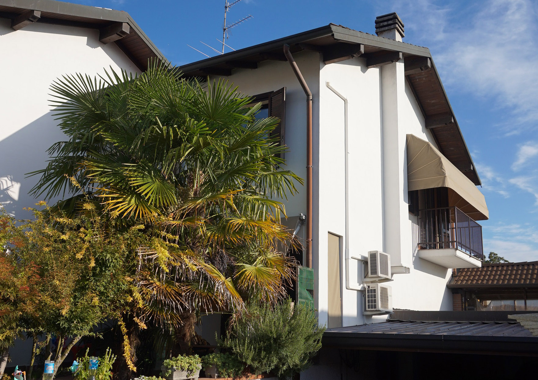 Villetta con giardino a Robecchetto con Induno
