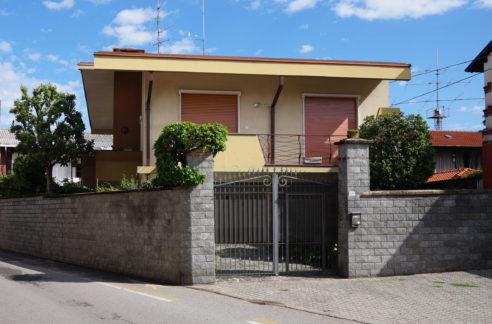 Villa in vendita a Vanzaghello