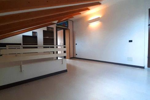 Appartamento duplex in vendita Magnago