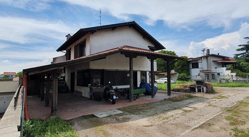 Villa da ristrutturare in vendita Arconate
