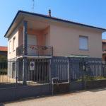 Casa indipendente con giardino a Vanzaghello