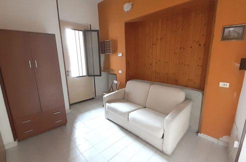 Appartamento con posto auto senza spese condominiali