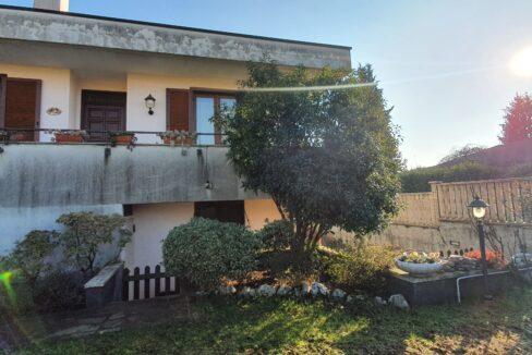 villa magnago vendita