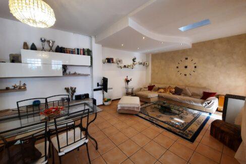 Casa singola con area esterna, Somma Lombardo