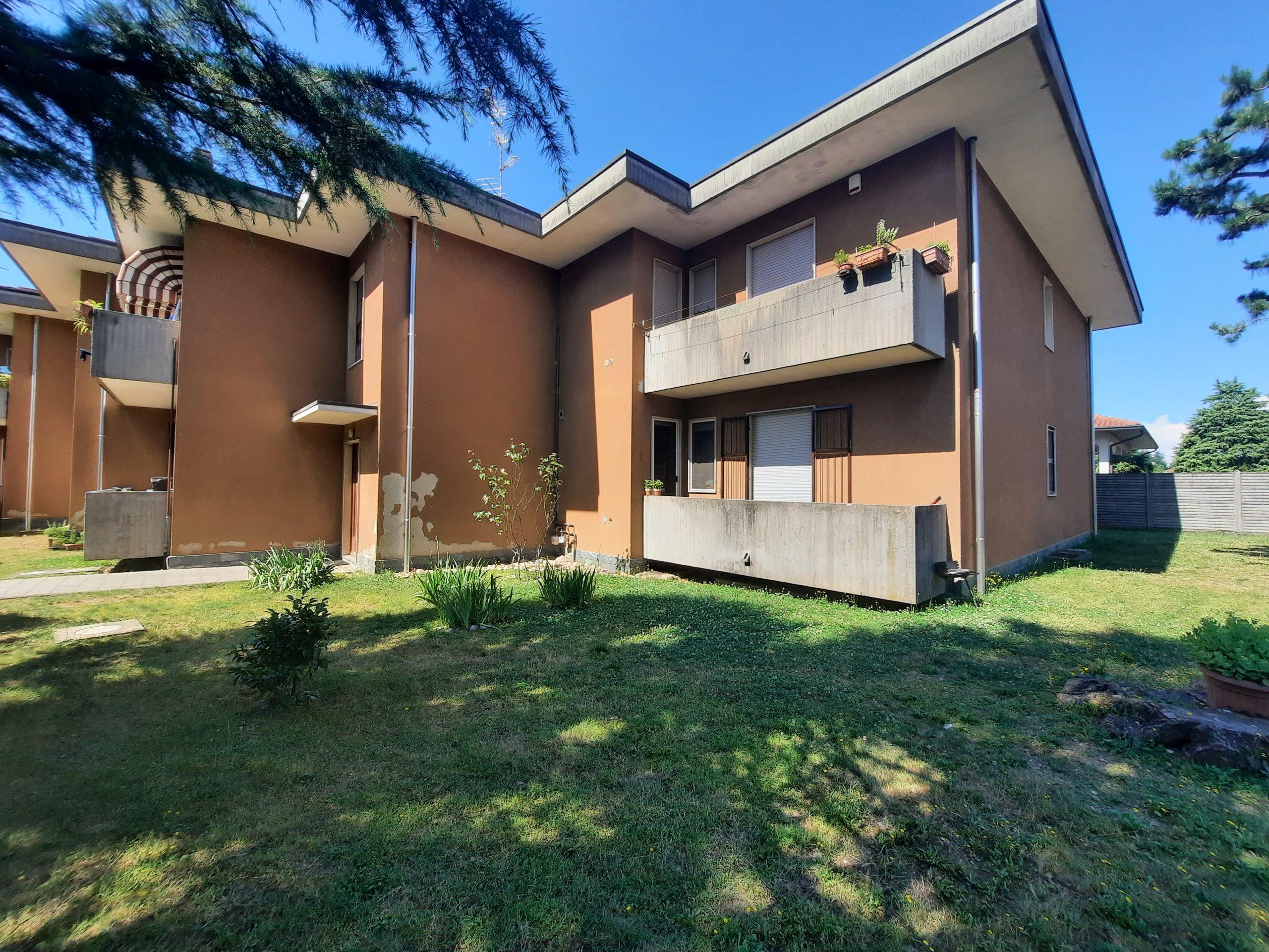 Appartamento trilocale in vendita a Magnago