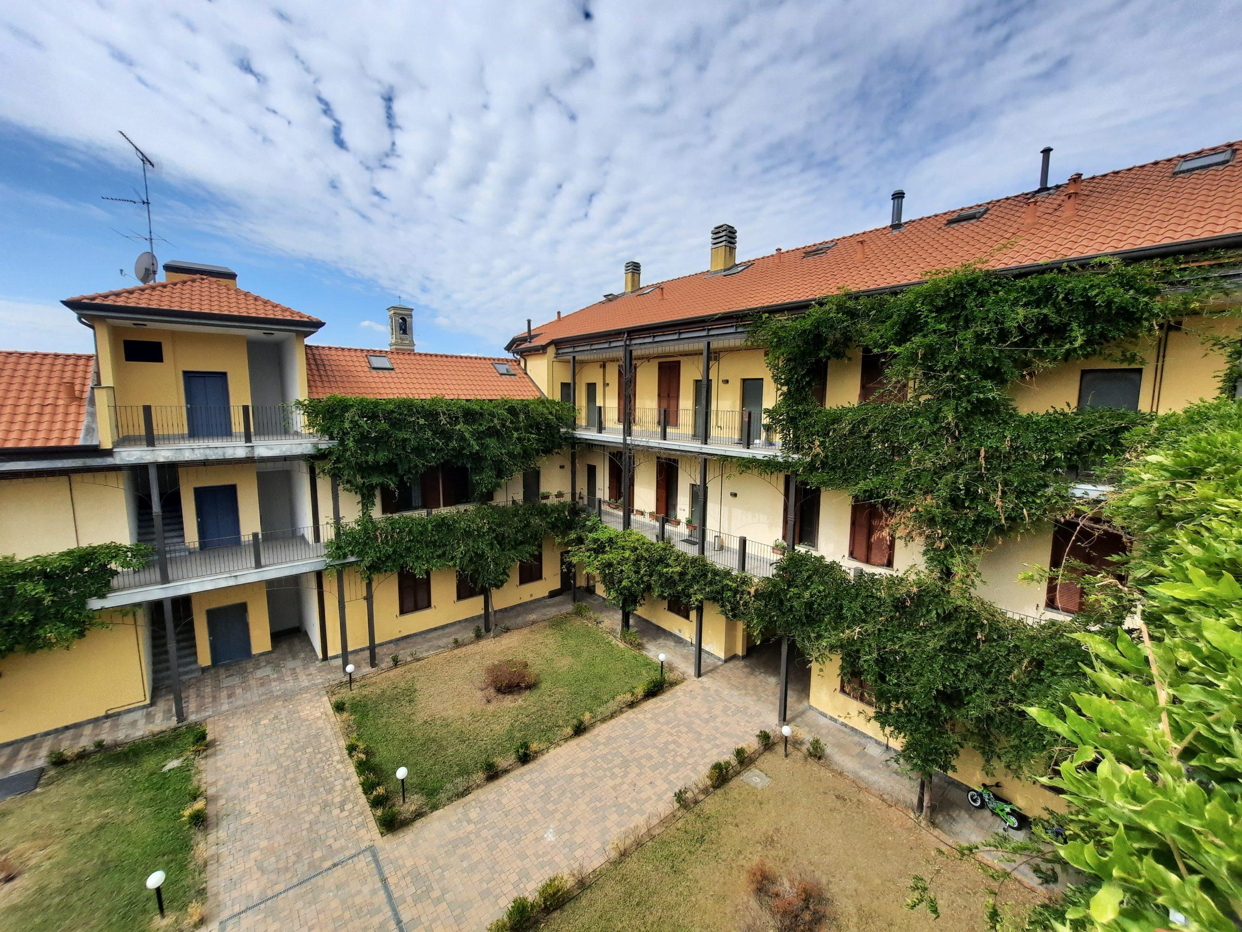 Appartamento bilocale in vendita a Parabiago, Villastanza