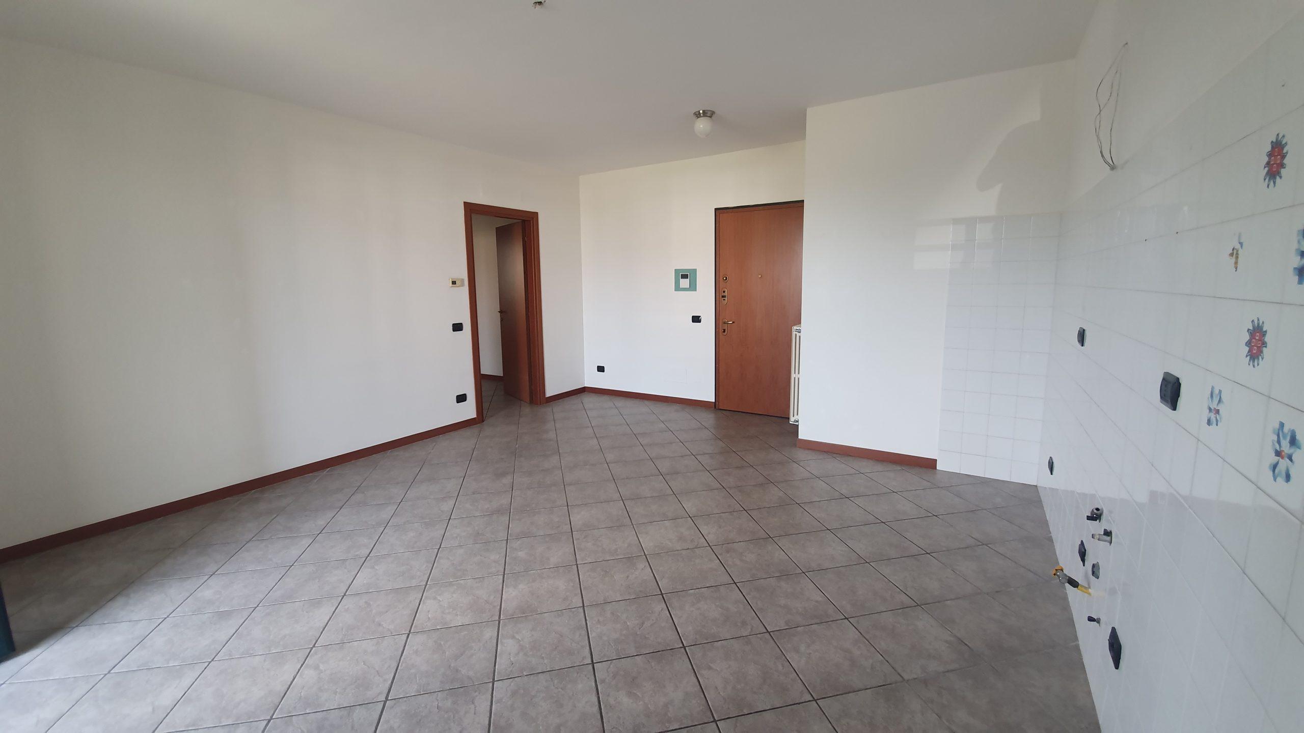 Appartamento trilocale in vendita a Tornavento, Lonate Pozzolo